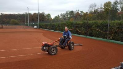 GTR gravel onderhoud tennisbanen